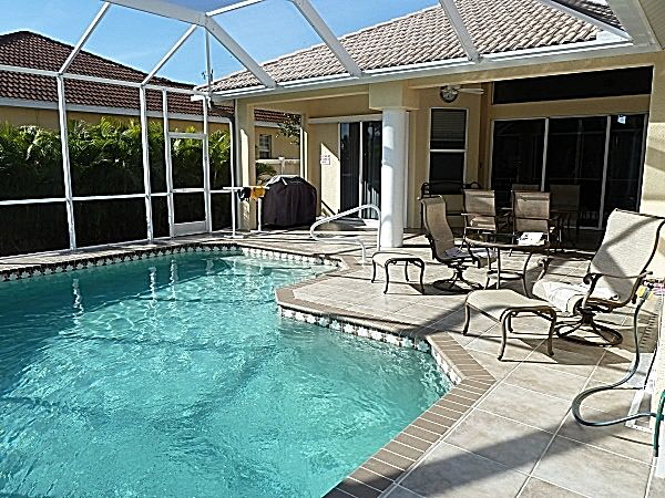 Villa Nicos in Cape Coral